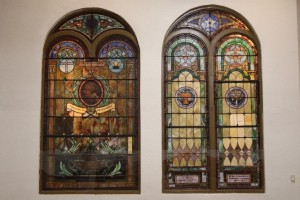 Stained glass windows, honoring Susan B. Anthony (left) and Harriet Tubman
