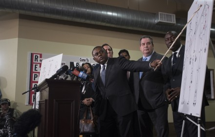 Renowned pathologist Dr. Bennet Omalu reveals his findings of the independent autopsy he performed on the body of Stephon Clark. Dr. Omalu said Clark, who was killed by Sacramento police officers, was shot six times in the back. PHOTO/Robert Maryland Special to the Trice Edney News Wire from the Sacramento Observer