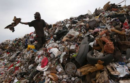 In Mexico, some people make a living by separating garbage and recyclable materials, which can be sold. (John Moore/Getty Images/Stock)
